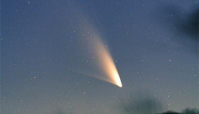 wetternews kometen fliegen nur knapp vorbei linear und panstarrs in erdn he wetteronline. Black Bedroom Furniture Sets. Home Design Ideas