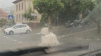 Großer Hagel Im Süden Starkregen Und Sturmböen Wetternews