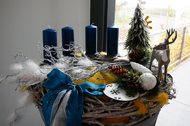 fotostrecke adventskranz selbst gemacht wetteronline. Black Bedroom Furniture Sets. Home Design Ideas